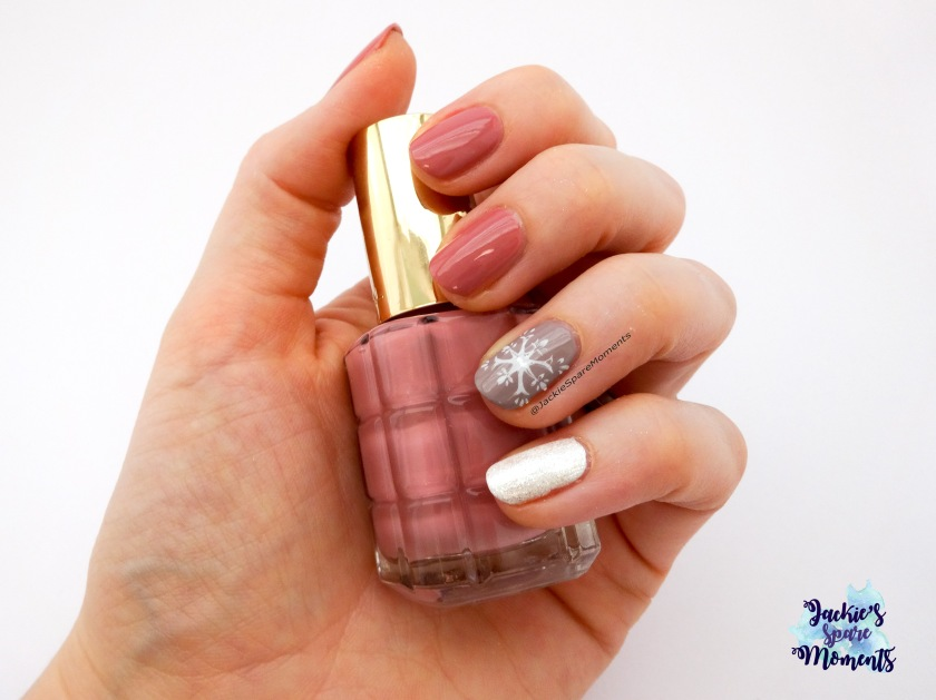 Nail art with L'Oreal 221 26 Rue Cremieux, Essence The Gel nail polish 99 tip top taupe