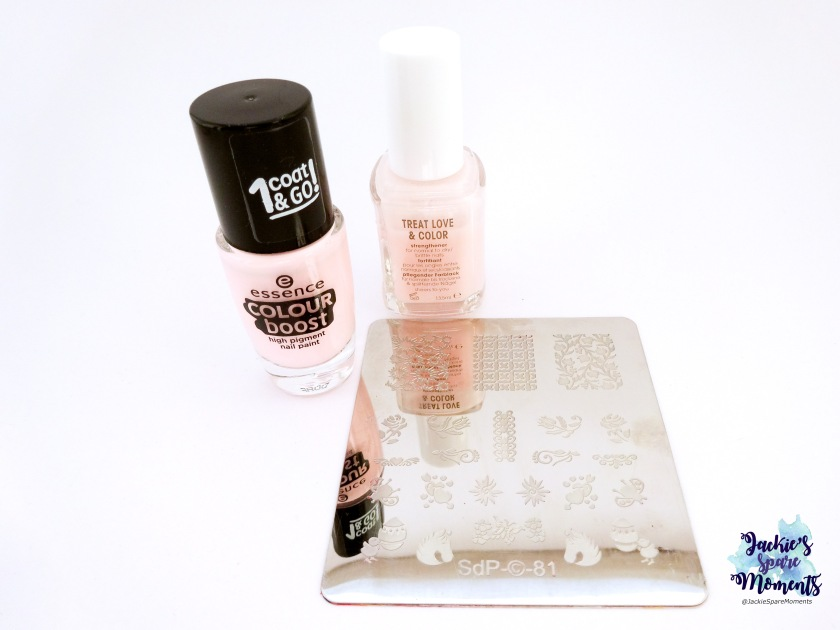 Essie TLC sheers to you, essence colour boost 01 Instant friendship, dashica plate SdP-81