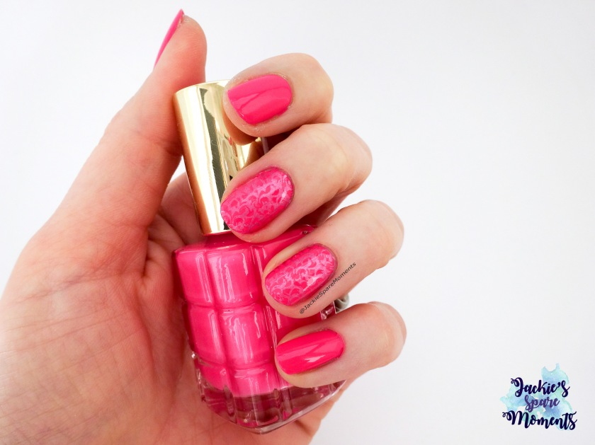 Hot pink manicure with L'Oreal L'Huille nail polish in 228 Rose Bouquet