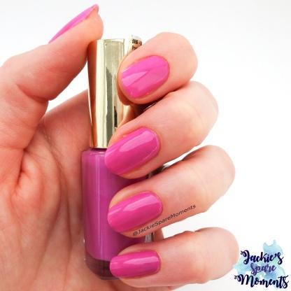 L'Oreal Color Riche 828 Flashing Lilac