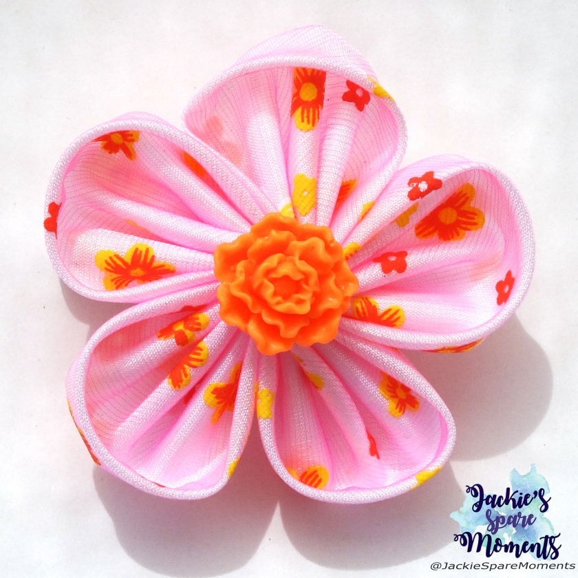 Pink summer flower hair bow made with Clover Kanzashi Flower Maker Orchid Petal Large