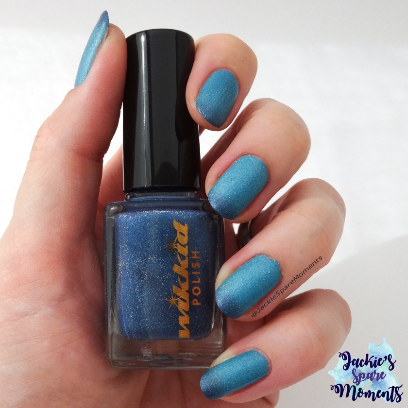 Wikkid polish Holiday mode, two coats, no top