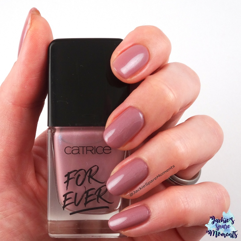 Catrice ICONails Gel Lacquer 63 Early Mornings, Big Shirt, Perfect Nails