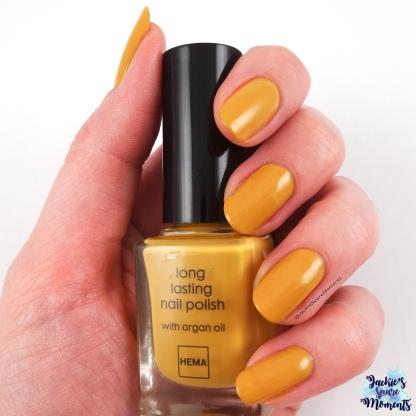 Hema long lasting nail polish golden yellow, two coats and top coat