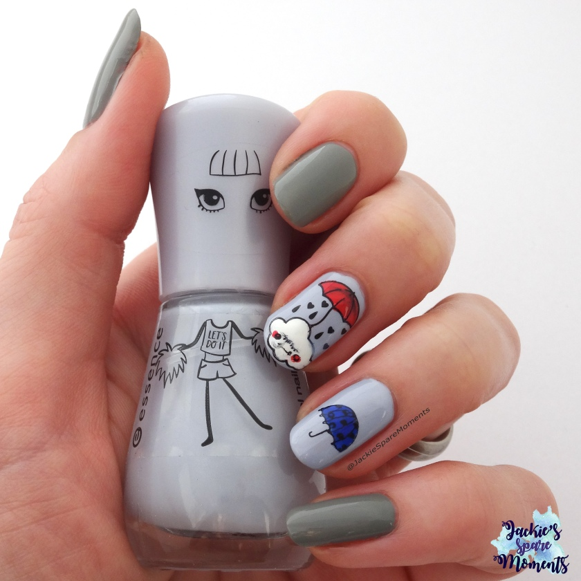 Grey nail art for the winter blues. Read my six tips how I cope with it this season!