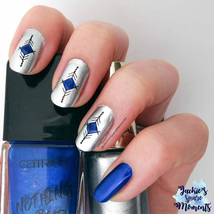 Geometric design with BornPretty BP-X17, holding Carrice 61 Me, Myself and My Polish and L'Oreal 819 Sublime Platine