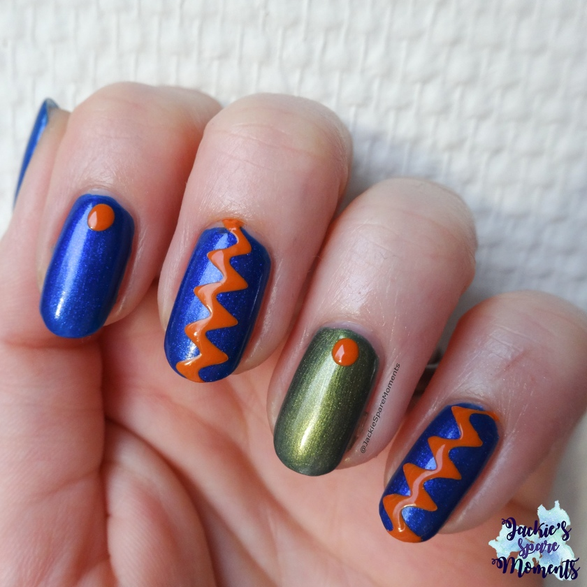 Abstract nail art with Catrice ICONails 61 Me, Myself and My Polish.