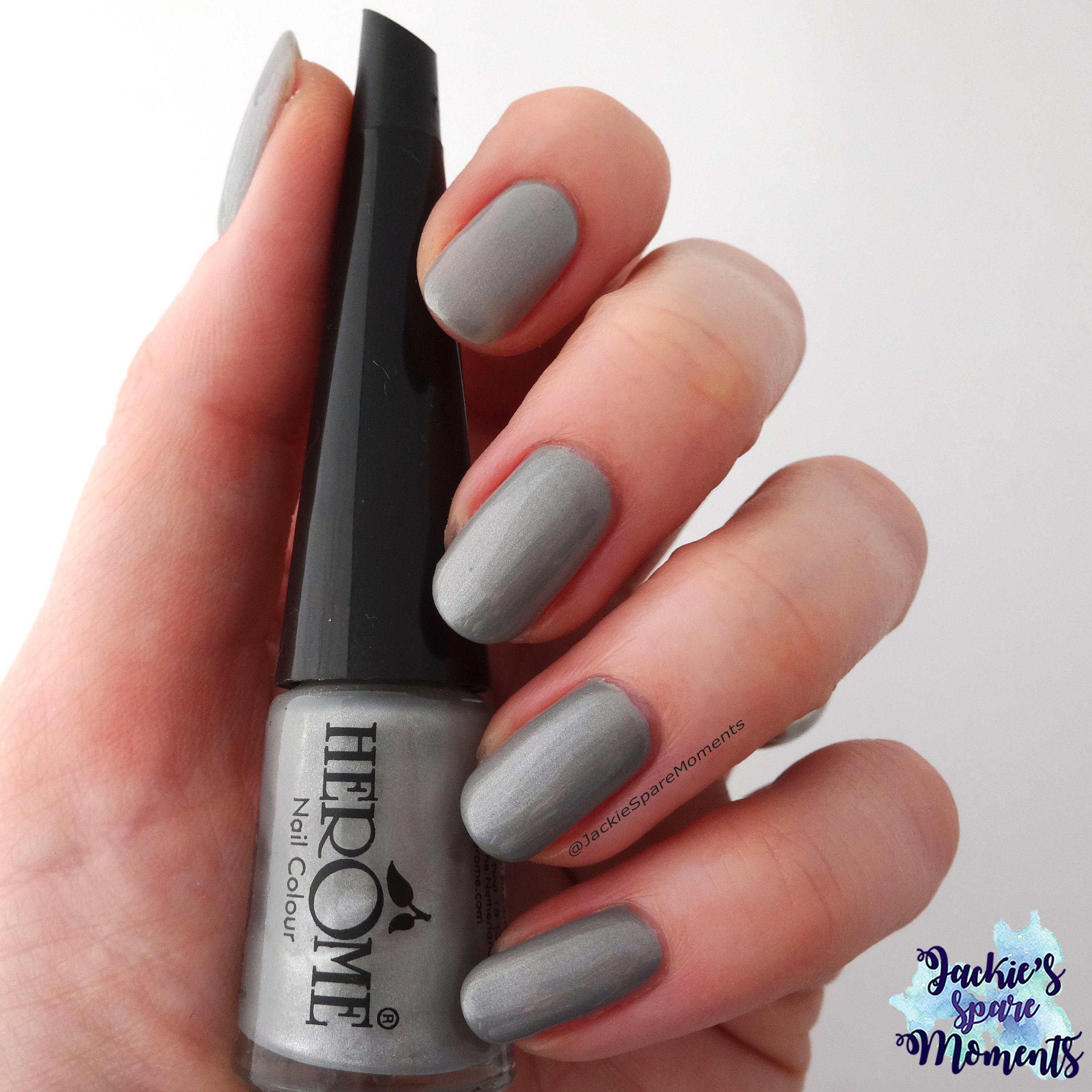 Herome Nail Colour nr 65 as Pantone Quiet Gray
