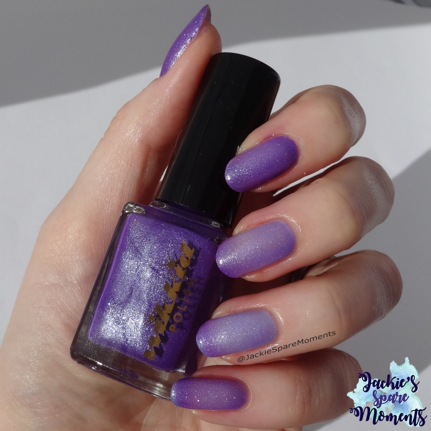 Wikkid polish Stepping out with Iris (thermal) showing the change