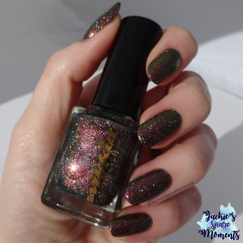 Wikkid polish Pallene (holo) direct sunlight