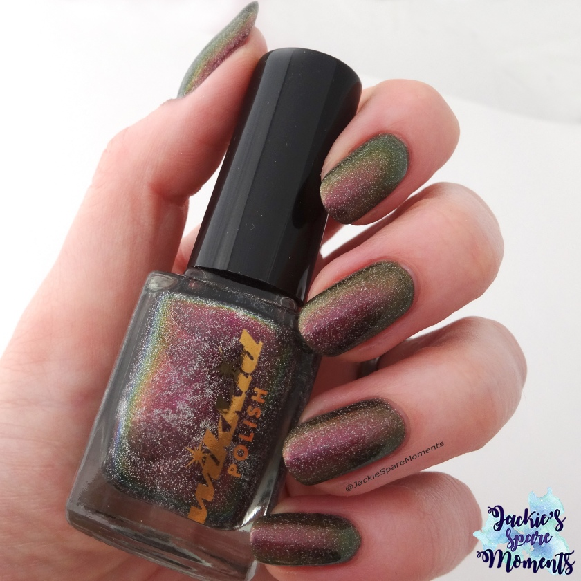 Wikkid polish Pallene (holo) indirect sunlight