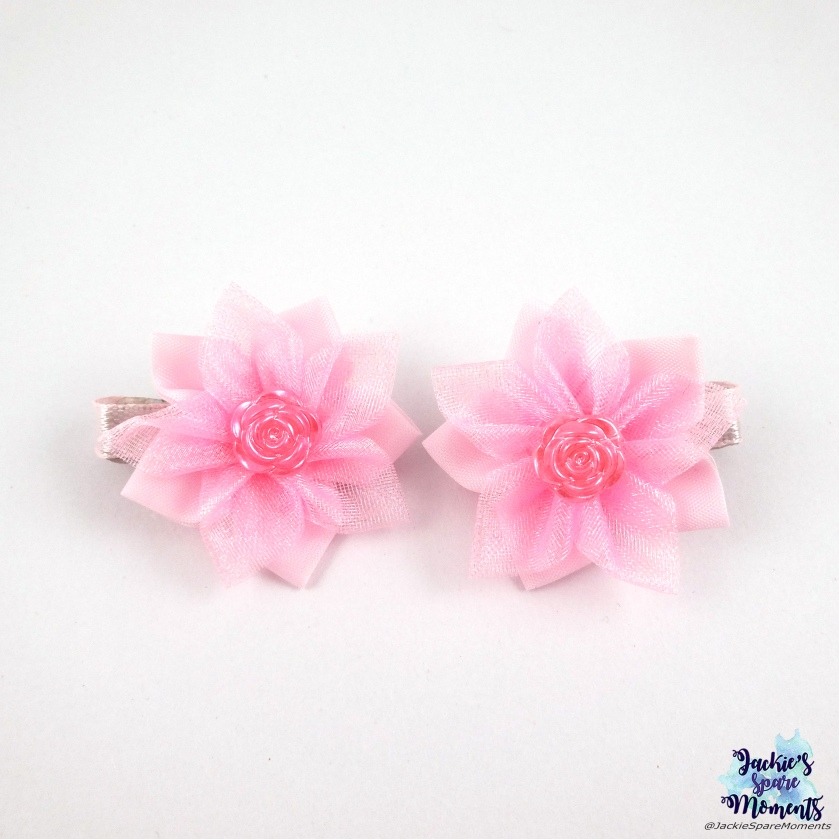 Small pink flower hair bows with flower centre flatback