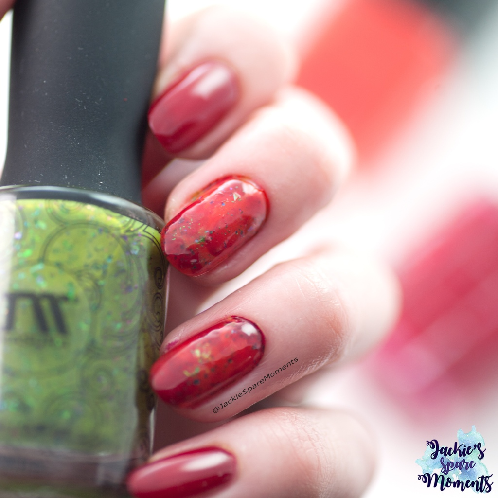 Smoosh marble nail art with Pantone Pepper Stem, Fiesta and Jester Red