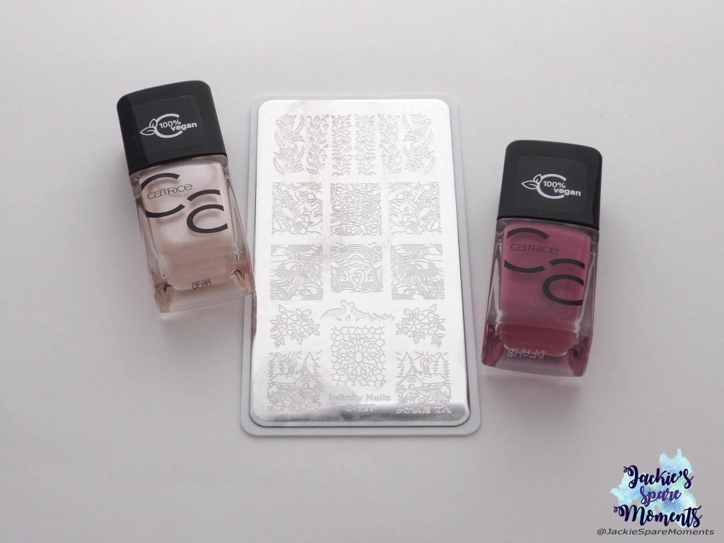Materials used: Catrice ICONails Gel Lacquer 72 Why The Shell Not?!, Catrice ICONails Gel Lacquer 73 I Have A Blush On You, Dashica Infinity Nails stamping plate 137