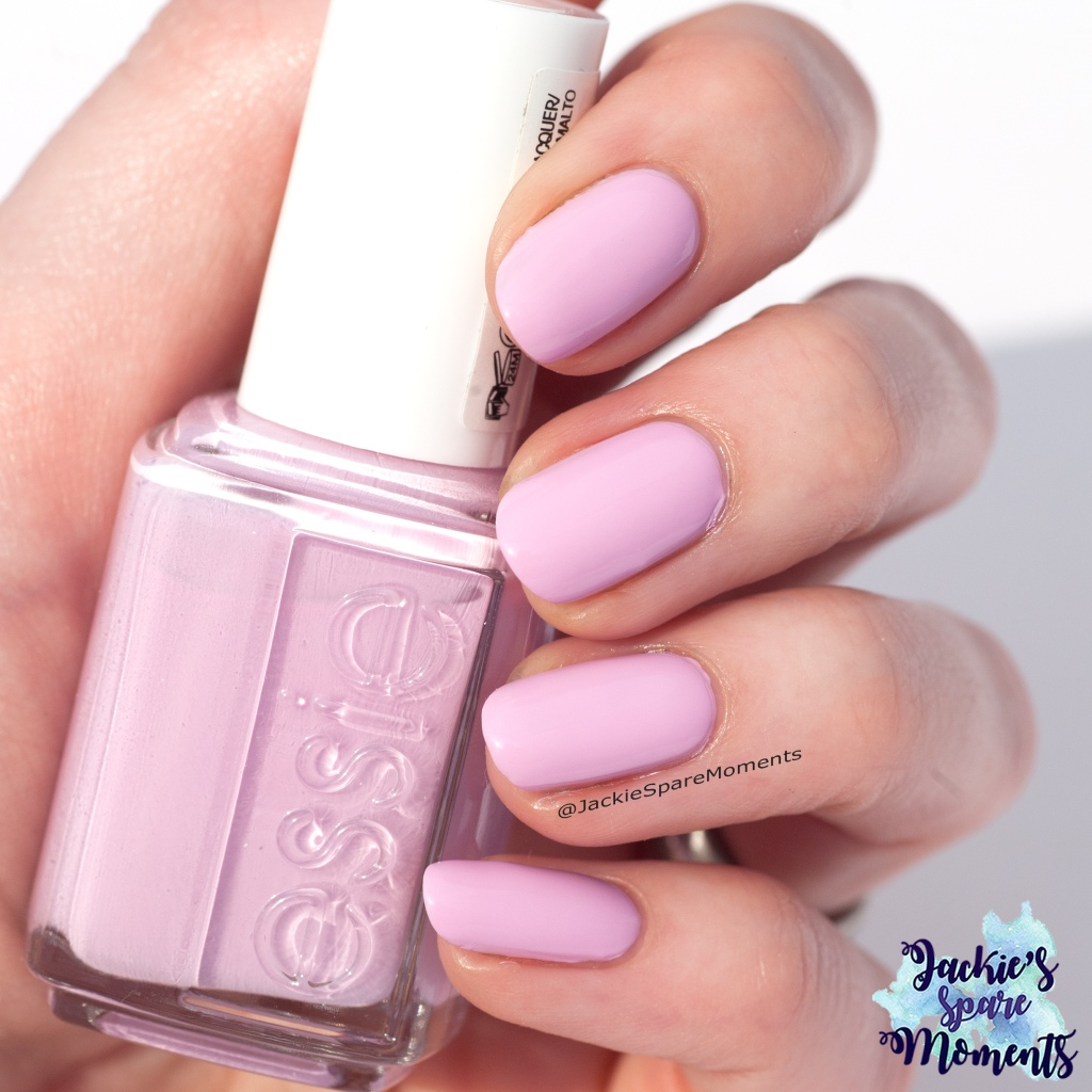 Essie Baguette me not as Pantone Sweet Lilac