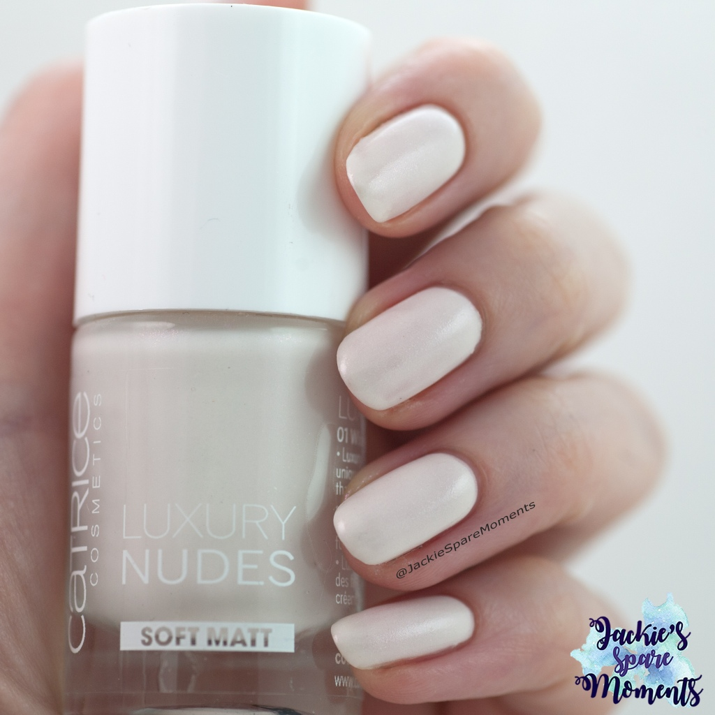 Catrice Luxury Nudes 01 White and Bright with top coat as Pantone Sweet Corn