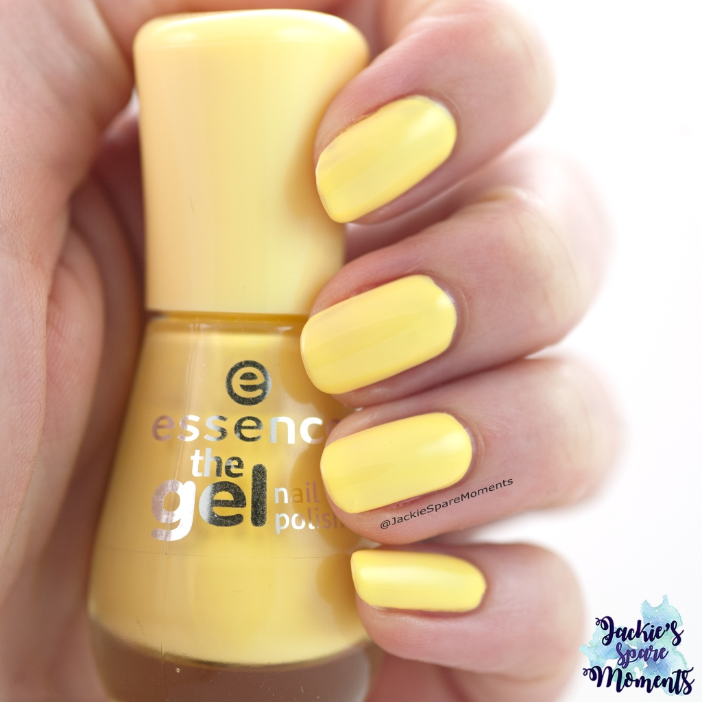 Essence the gel nail polish 38 love is in the air as Pantone Lemon Verbena