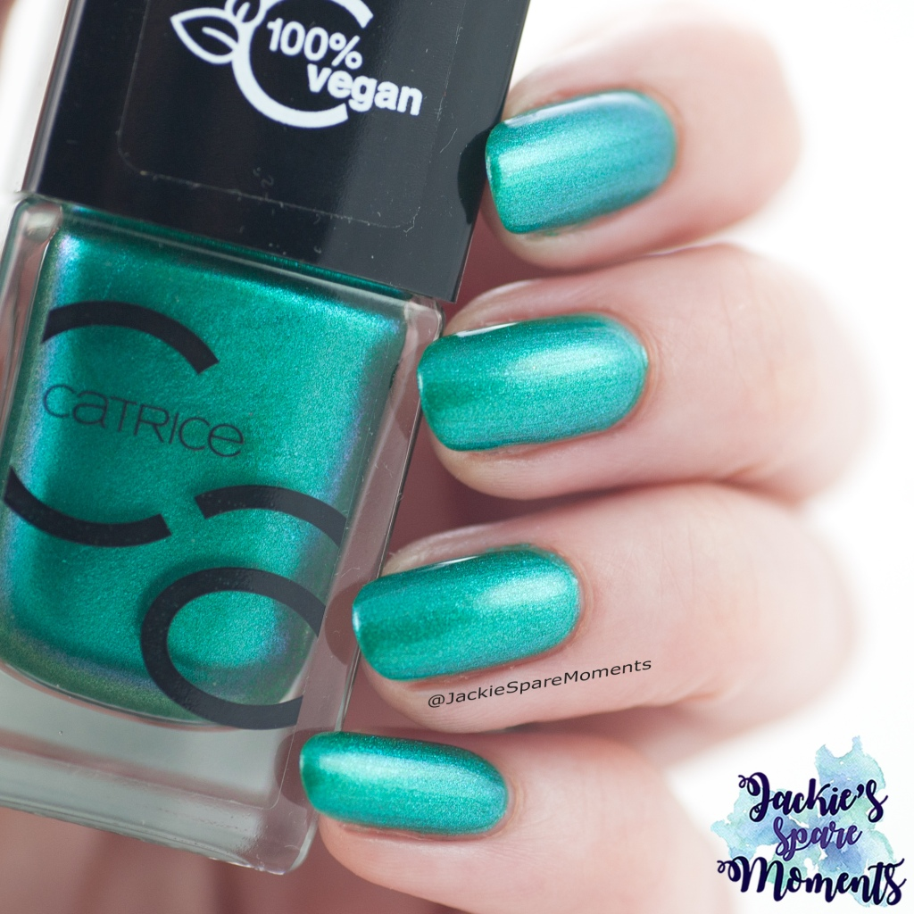 Swatch of Catrice ICONails 70 Easy Peasy Green Squeezy