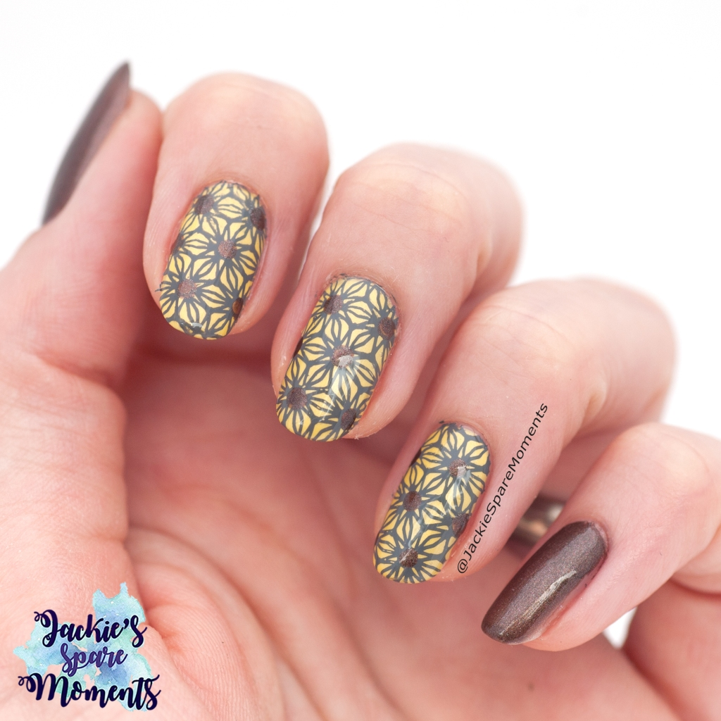 Graphic art inspired floral pattern stamped