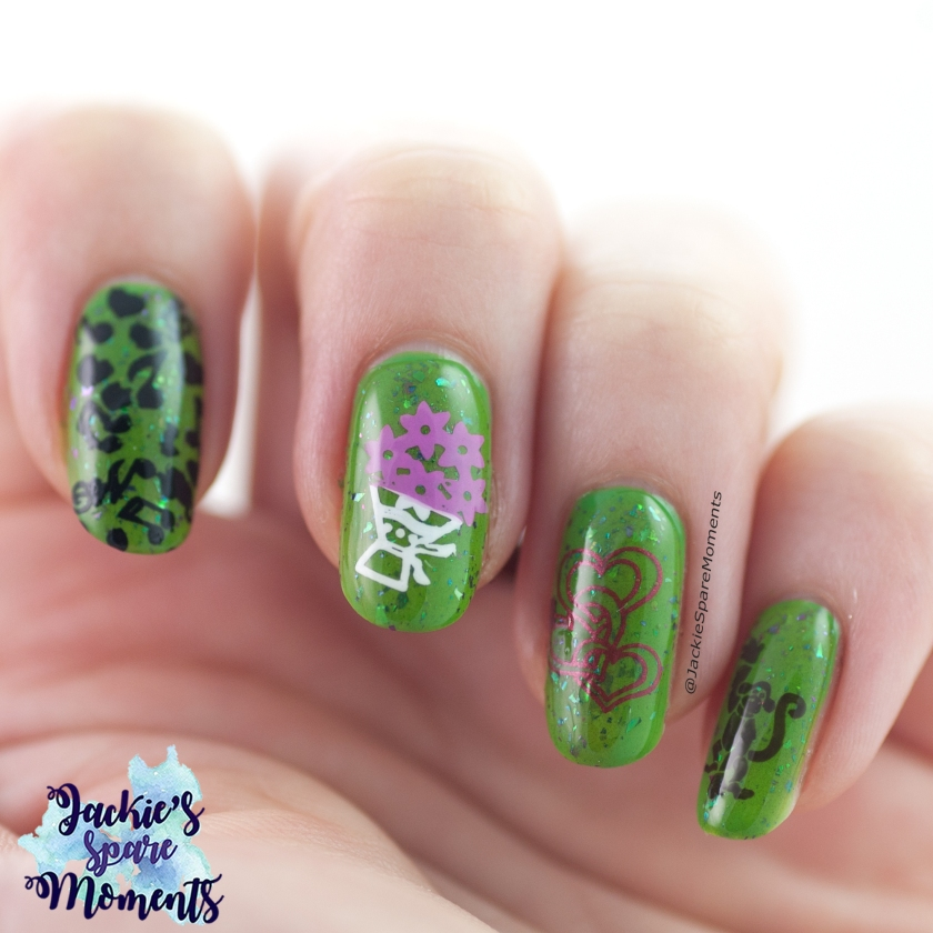 Green nails inspired by I'm a believer from Shrek 1