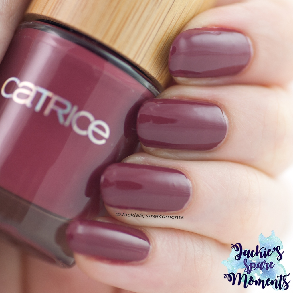 Catrice Pure Simplicity LE Nail Colour C04 Moody Plum