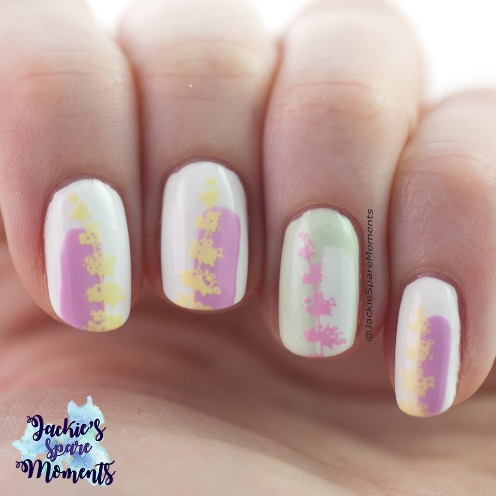 Floral nail art in pastel shades
