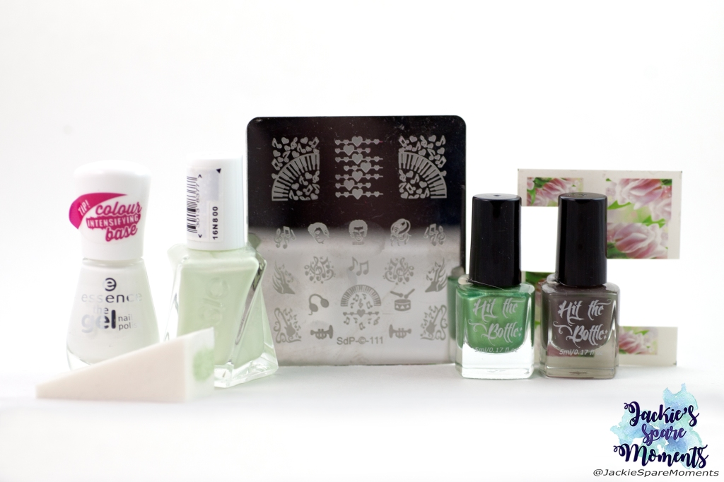 Materials used for road trip mani: Essence wild white ways, Essie zip me up, Hit the bottle stamping polish Cactus juice and From beyond the Greige, Magnolia decals (AliExpress), Dashica stamping plate SdP 111