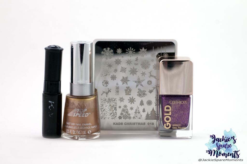 Catrice Gold effect nail polish 06 Splendid Atmosphere, Revlon 835 24K, KADS stamping polish black, KADS stamping plate Christmas 018