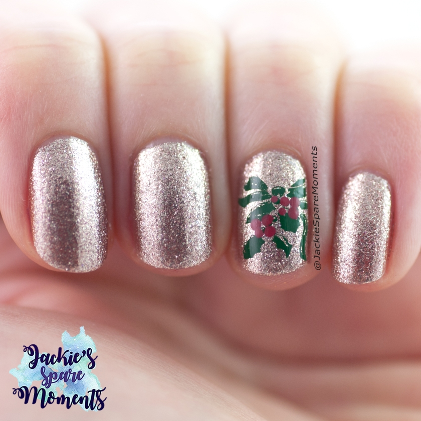 Christmas nail art with gold, green and red