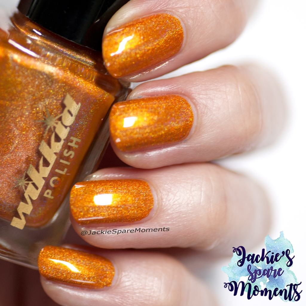 Wikkid polish Tangerine (direct light)