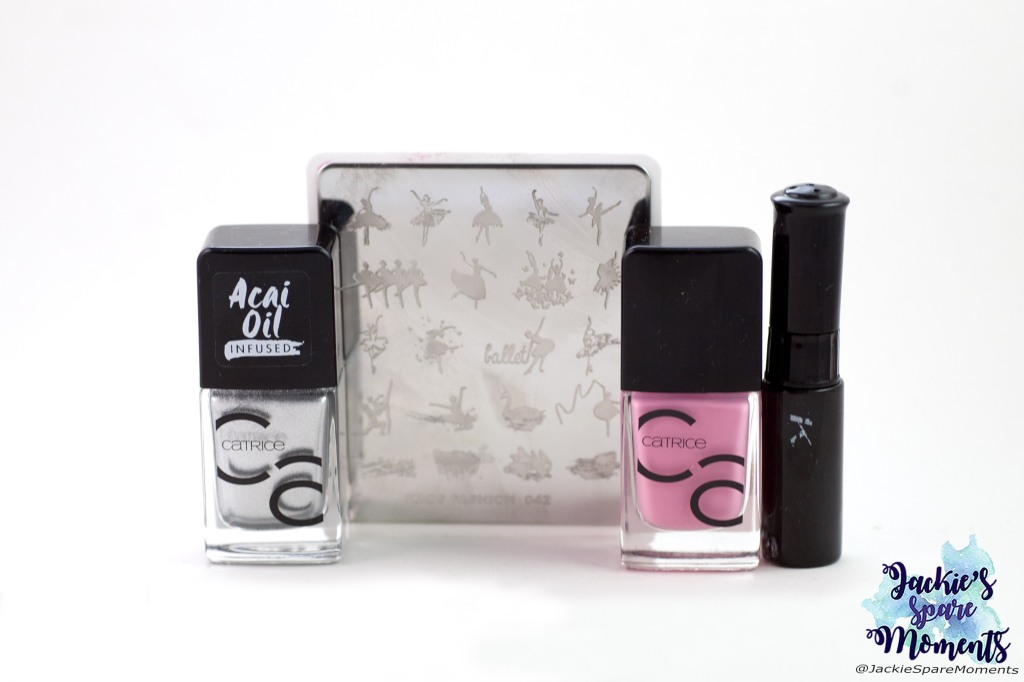 Nail polises used for ballet nail art: Catrice ICONails 30 Keep Calm And Pink, 81 Metal Speaks Louder Than Words, KADS black stamping polish, KADS stamping plate Fashion 042