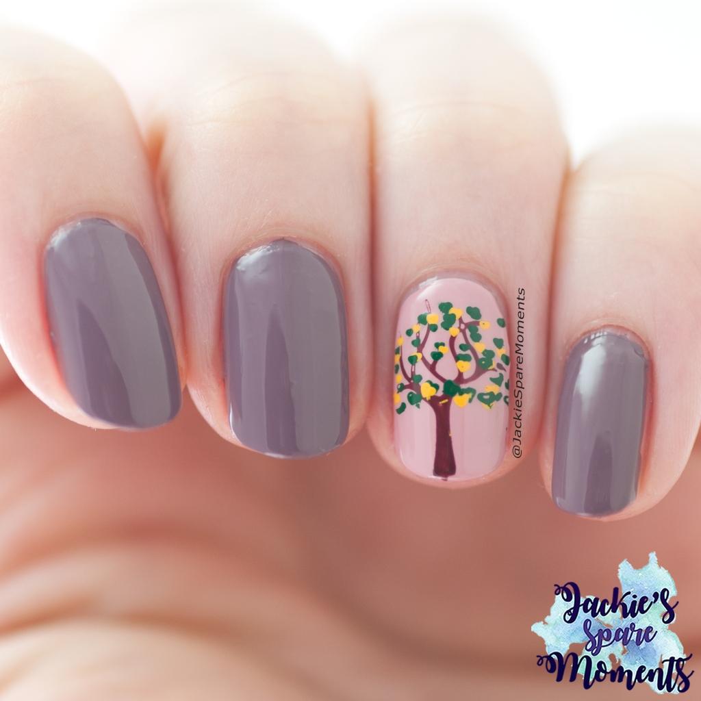 Fall nail art, autumn nail art, trees changing colour nail art